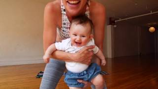 10 Minute Yoga for the Core with the Baby Routine!