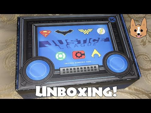 Unboxing Justice League World's Finest:  The Collection CultureFly Quarterly Mystery Box NEW