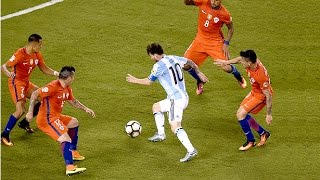 Lionel Messi ● Top 15 Magical Dribbles