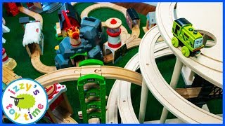 Toy Trains! MOUNTAIN SPIRAL MEGA TABLE TRACK!