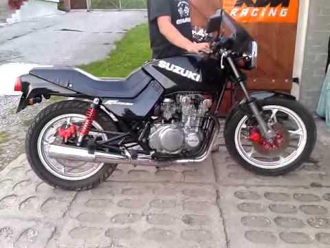 Suzuki GS 550 M Katana 1984 - YouTube