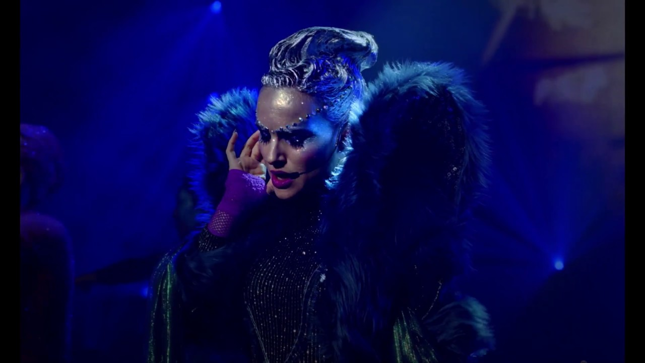 Vox Lux Review A Vicious Comment On Modern Pop Stardom Stereogum