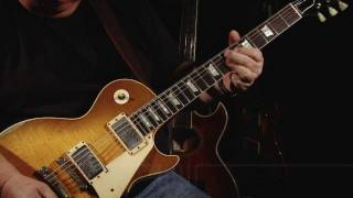 Whitesnake Guitarist Bernie Marsden plays 'Dynaflow' on his 1959 Gibson Les Paul at WildWire Music