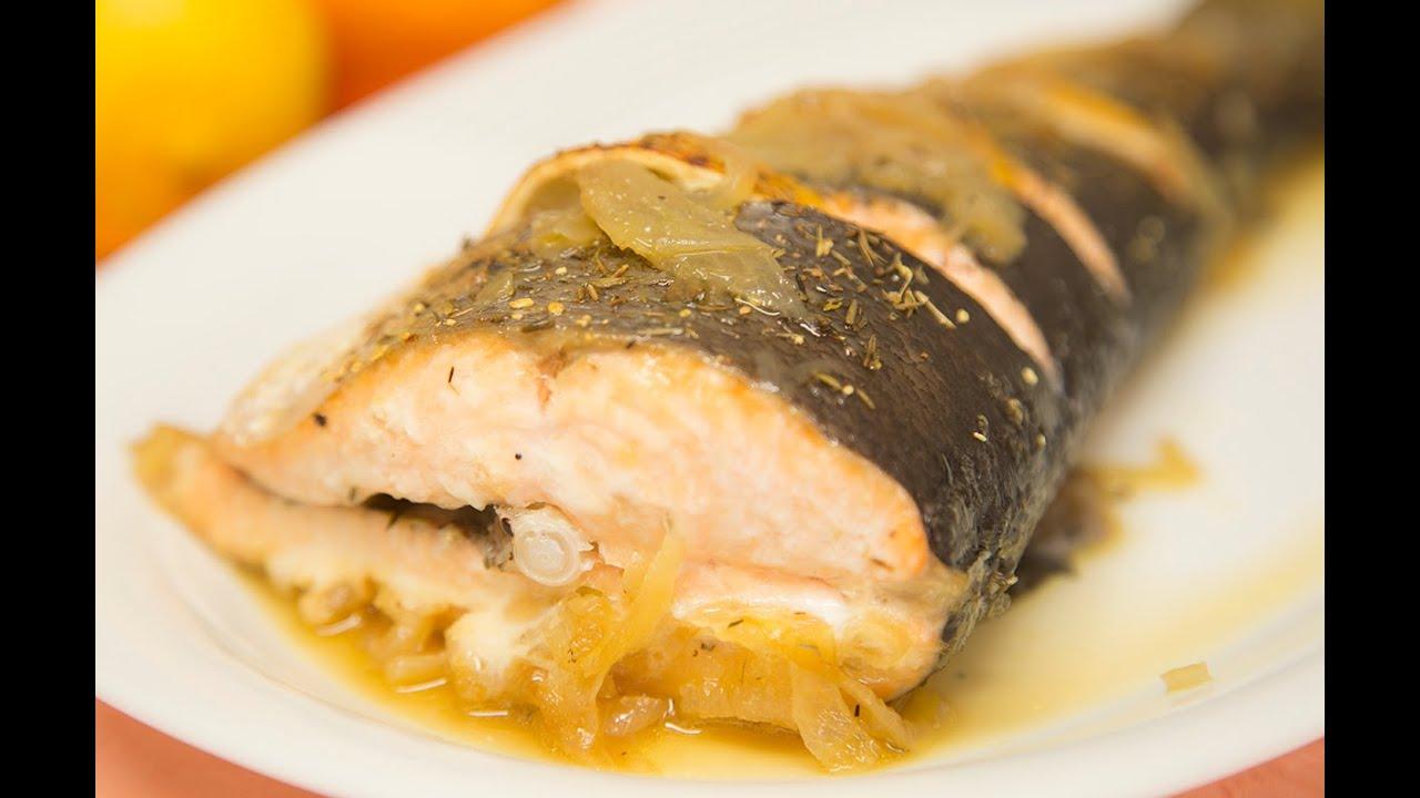 C mo hacer salm n al horno con tomillo y lim n receta for Como se cocina el salmon
