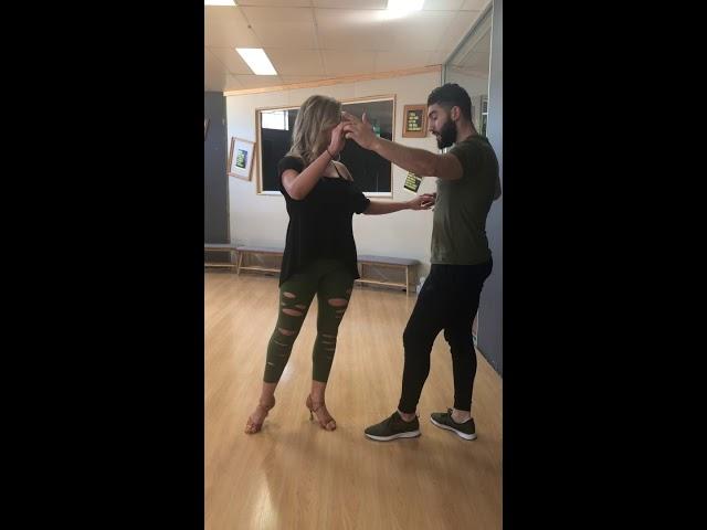 آموزش سالسا،  قصمت سوم.  Left Turn Salsa lesson Persian Farsi