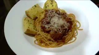 Spaghetti With Garlic Bread Recipe