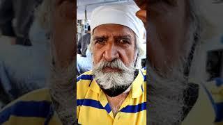 70 year uncle ji selling मोठ KACHORI 🤩 खाओगे FAN हो जाओगे😱 #shorts