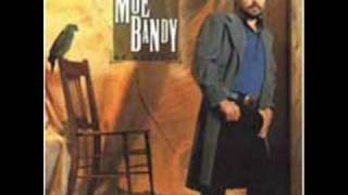 Moe Bandy - Nobody Gets Off In This Town