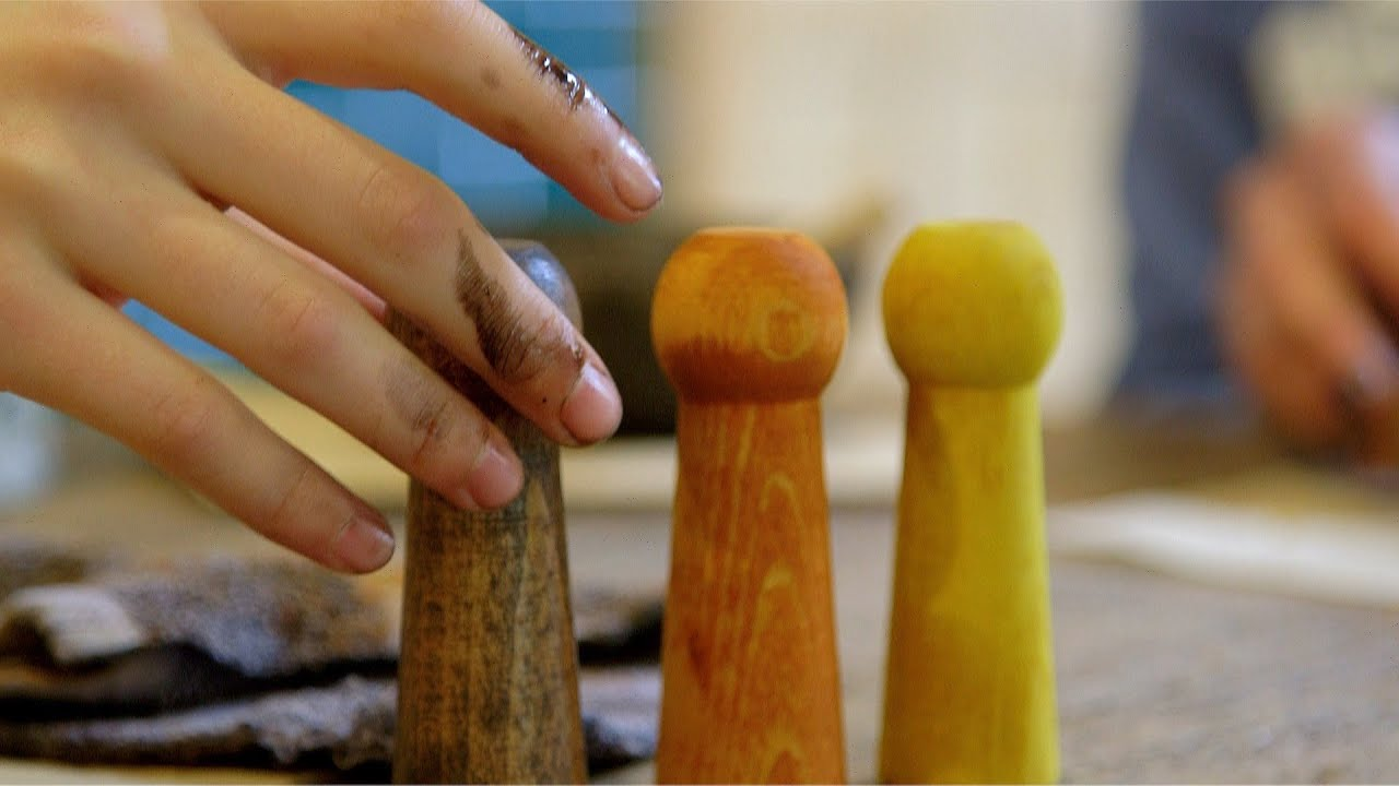 Staining your peg dolls!