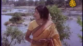 "Song ""Modalane Dinave Olide"" from Kannada Movie ""Paavana Ganga"""