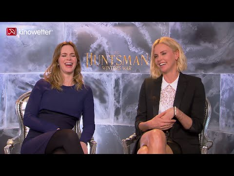 Emily Blunt & Charlize Theron THE HUNTSMAN: WINTERS WAR