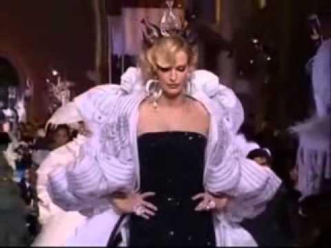Karen Mulder the last  2007 for Christian Dior