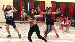 Swag Se Swagat | Salman Khan | Tiger Zinda Hain | Katrina Kaif | Neha  | Manisha | 5678 | Students