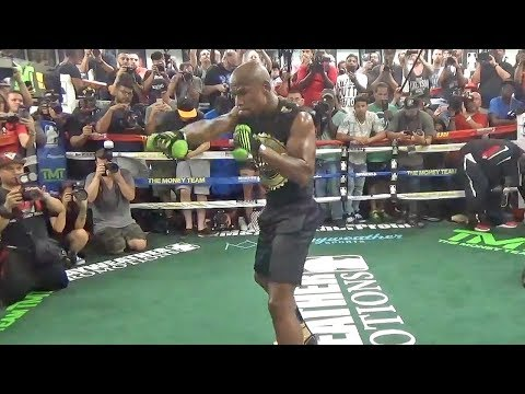 Floyd Mayweather SHADOW BOXING | Workout Ahead Of Conor McGregor Fight