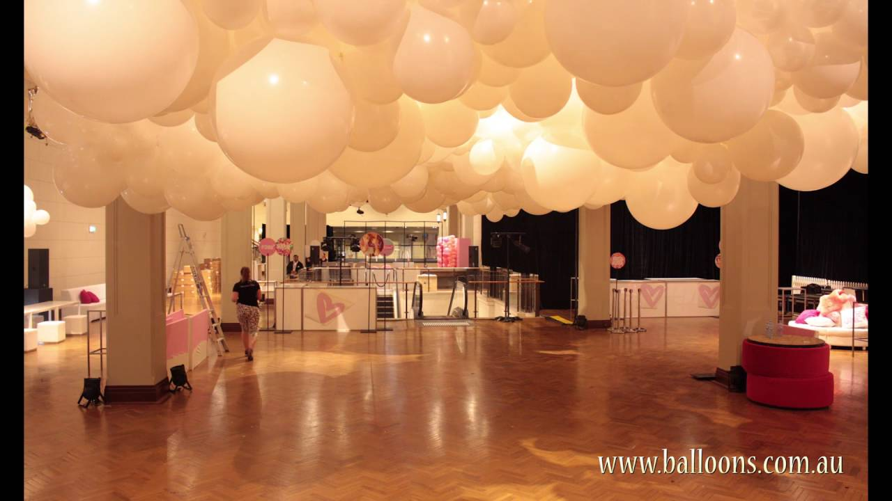 The rise and fall of a giant balloon cloud installation for Balloon cloud decoration