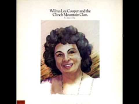 A Daisy A Day 1979  Wilma Lee Cooper And The Clinch Mountain Clan