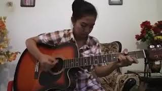 Gambar cover SELINGKUH - Via Vallen (Cover gitar by Nurindah Fatyka Sari) flashback