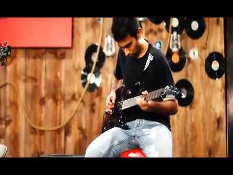 Awari Ek Villain    Vocals: Adnan, Backing Vocals: Asfar, Acoustic Guitars: Rabi & Fawad