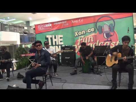 Nineball - Akulah Serigala (Live Urban Radio)