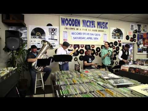 2015 RECORD STORE DAY @ WOODEN NICKEL RECORDS WITH THE FARMLAND JAZZ BAND