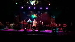 Manmohana Tu Raja Swapanatla live by Vicky Adsule Tejashri Mestry At Gadkari Rangayatan