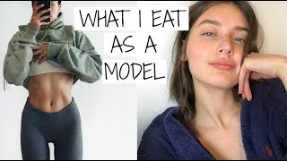What I Eat in a Day as a Model | Jessica Clements thumbnail