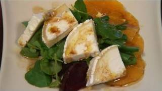 How To Prepare Orange, Beetroot And Goat Cheese Salad