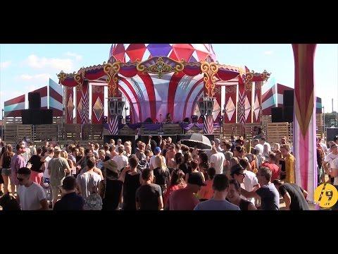 FRANCESCA LOMBARDO ● CIRQUE MAGIQUE 2016 /SLASH9.TV