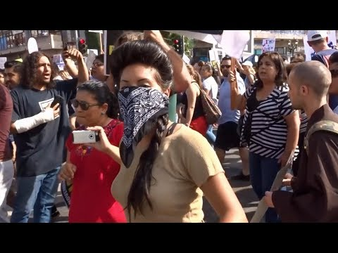 TRUMP SUPPORTERS TAKE ON THE DACA ILLEGAL ALIENS IN MACARTHUR PARK LOS ANGELES