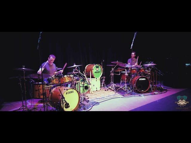 Drum.Dog Clinic Duet   Phase Drive Media