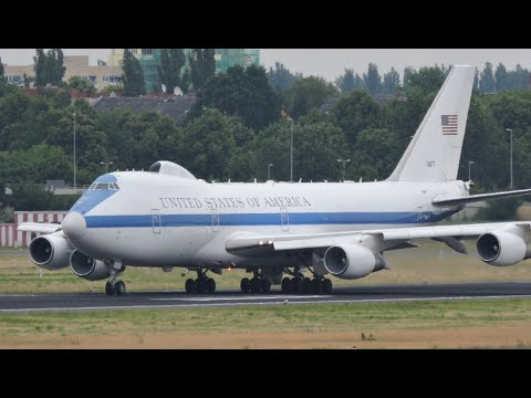 us air force boeing e 4b nightwatch takeoff at berlin tegel