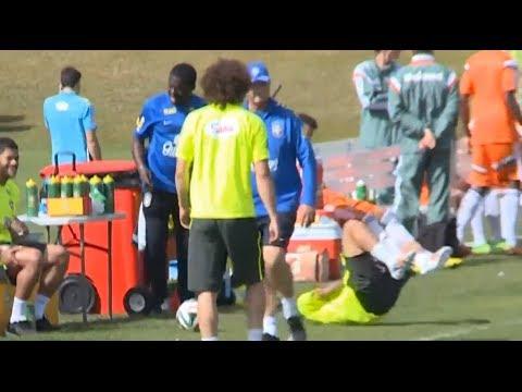 Scolari kicks Dani Alves in World Cup training