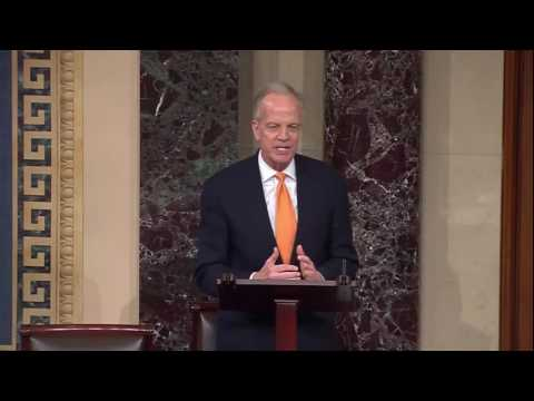 Sen. Jerry Moran Pays Tribute to Outgoing Chief of Staff Todd Novascone