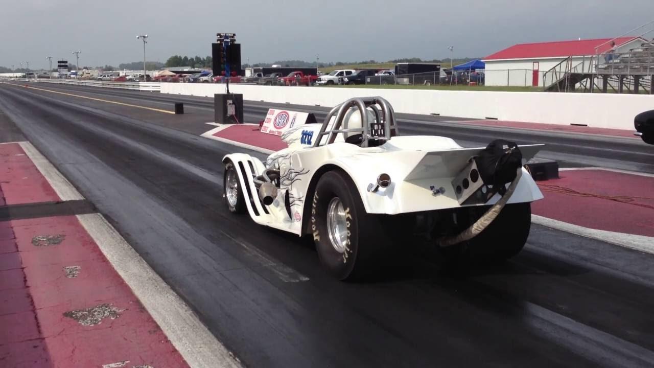 Brogie Roadster Drag Racing
