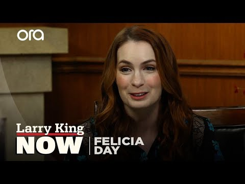Youtube star Felicia Day's new book will tell you how to 'Embrace Your Weird'