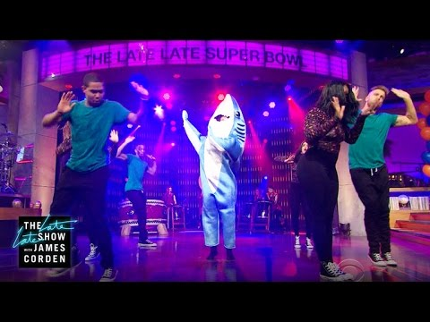 Reggie Watts' Halftime Show