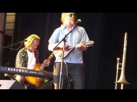 ''Can't Let Go'' - Neal Pawley and Southside Johnny & the Poor Fools - Fort Lee, NJ - Aug. 8, 2015
