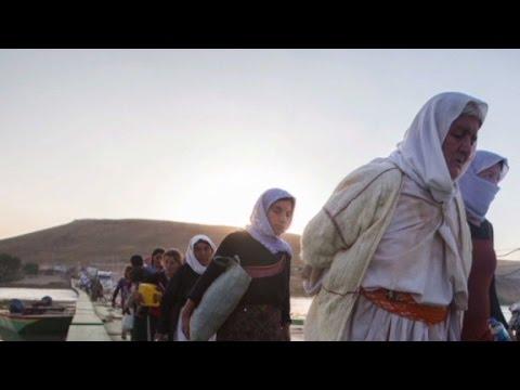 ISIS storms town, captures 100 women