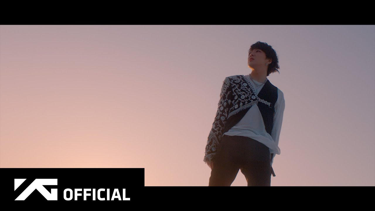 """WINNER's Kang Seung Yoon takes you through the doors to another world in his music video teaser """"IYAH"""" 