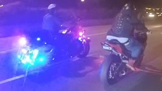 Street Bike VS Cops Biker RUNNING From POLICE CHASE Motorcycle MESSING With COP Riding WHEELIE 2016