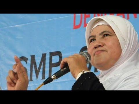 Ceramah Agama Oleh Mamah Dedeh  : Pacaran Diharamkan dalam Islam