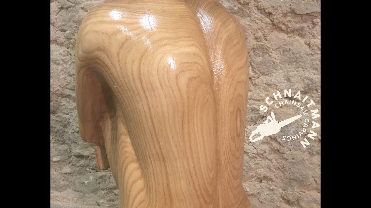 Angel by chainsaw carvings schnaitmann kettensägenkunst sven