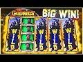 GURRRRRL, IT'S A BIG 'GOONIES' SIZE SLOT WIN!! ★ #BrentSlots