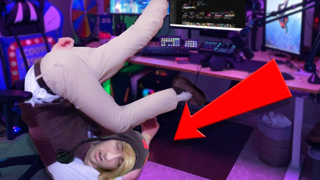 KREEKCRAFT'S STRANGE SLEEPING HABITS EXPOSED! WHY HE'S ALWAYS LATE TO HIS LIVE STREAMS
