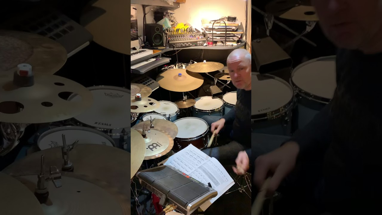 Openhanded playing vol 1 - YouTube
