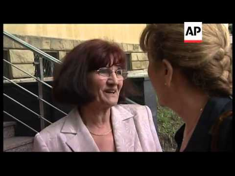 WRAP Lawyer comment after visiting Ratko Mladic; wife's comment