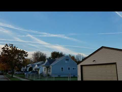 Heavy Chemtrail Spraying Over Detroit Michigan 11/9/17 Blocking Out the Sun