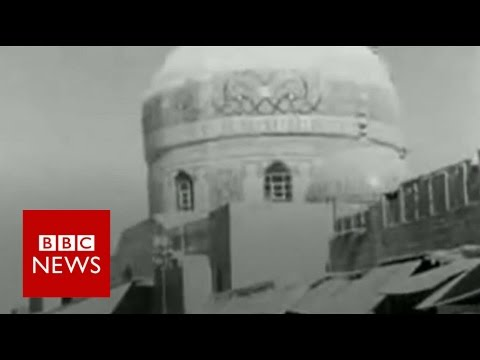 Baghdad's oldest street - BBC News