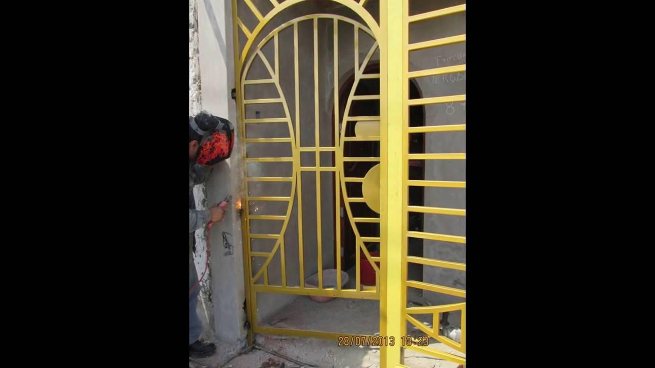 Puertas modernas minimalistas youtube for Puertas de acceso modernas
