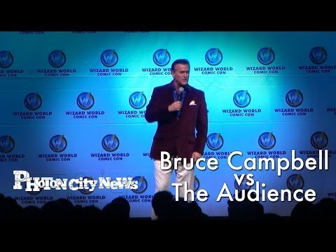 Bruce Campbell vs The Audience  Wizard World Austin